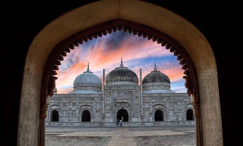 مسجد قرقیزستان